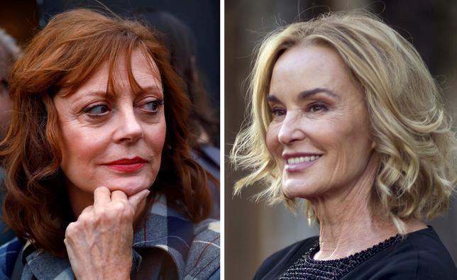 3月2日、米ハリウッドで最も有名なライバルに数えられる米女優ジョーン・クロフォードとベティ・デイビスの関係を描いたFXの新アンソロジーシリーズ「Feud(原題)」が1日、ロサンゼルスでプレミア上映され、主演の女優スーザン・サランドン(左)とジェシカ・ラング(右)らが姿を見せた。写真撮影はサランドンが昨年10月、ラングが2015年10月(2017年 ロイター/Mario Anzuoni, Patrick Fallon)