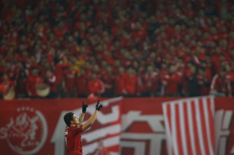 Football Soccer - Chinese Super League - SIPG v Changchun Yatai FC - Shanghai, China - 4/3/17 - SIPG's Elkeson celebrates after scoring. REUTERS/Aly Song