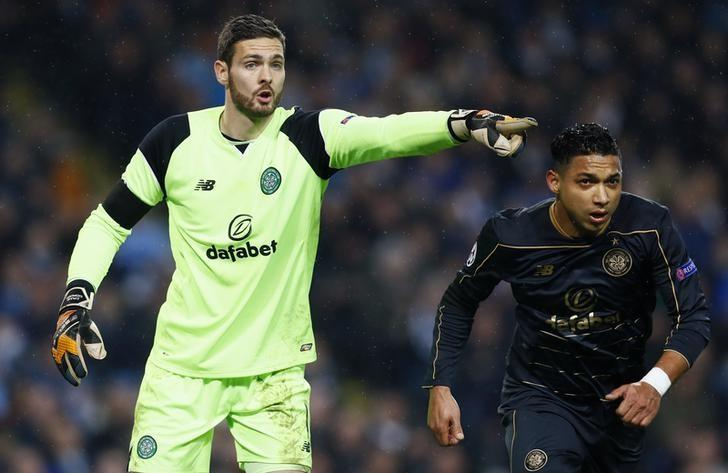 Britain Football Soccer - Manchester City v Celtic - UEFA Champions League Group Stage - Group C - Etihad Stadium, Manchester, England - 6/12/16 Celtic's Craig Gordon  Action Images via Reuters / Jason Cairnduff