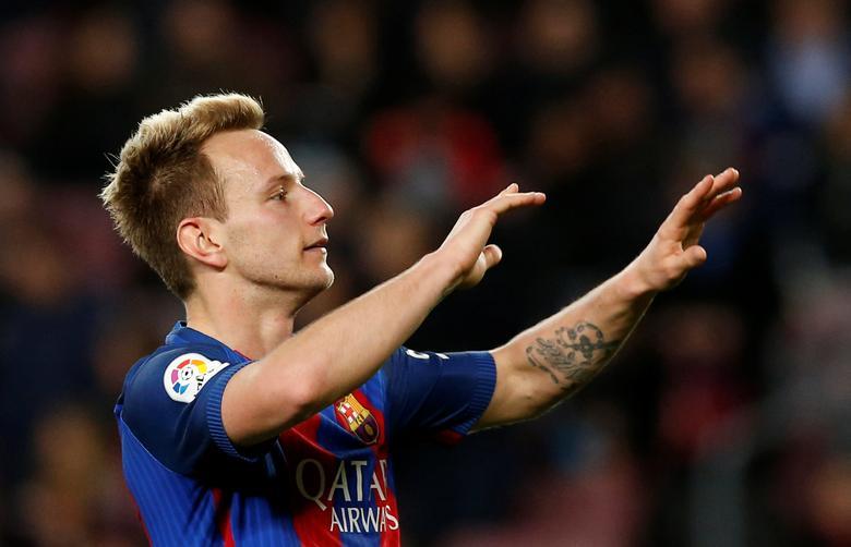 Barcelona v Sporting Gijon - Spanish LaLiga Santander - Camp Nou stadium, Barcelona, Spain - 1/03/2017. Barcelona's Ivan Rakitic celebrates a goal. REUTERS/Albert Gea