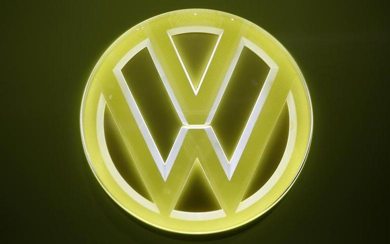 View of an emblem on a Volkswagen I.D. Buzz electric concept vehicle being displayed during the North American International Auto Show in Detroit, Michigan, U.S., January 10, 2017.  REUTERS/Mark Blinch