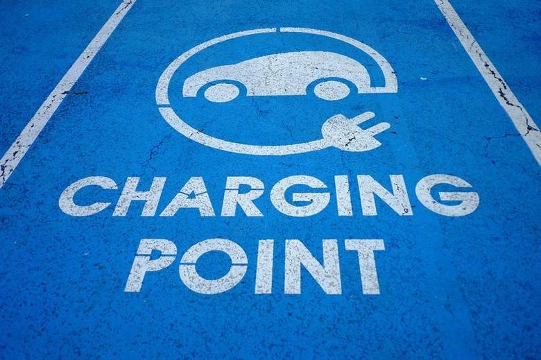 An Electric car charging point is seen at the Eurotunnel terminal in Calais, France, October 12, 2016. REUTERS/Phil Noble