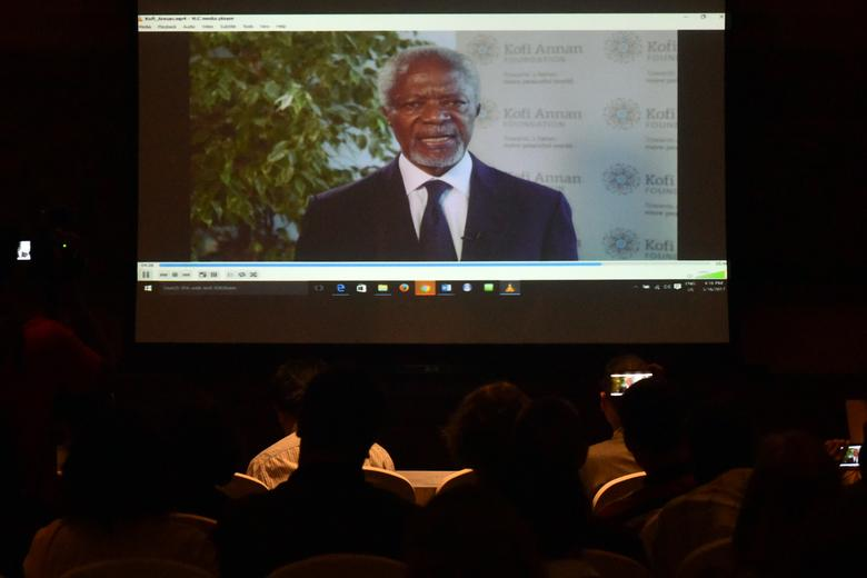 Former U.N. chief Kofi Annan is seen in a video conference in Yangon, Myanmar, March 16, 2017. REUTERS/Pyay Kyaw Aung