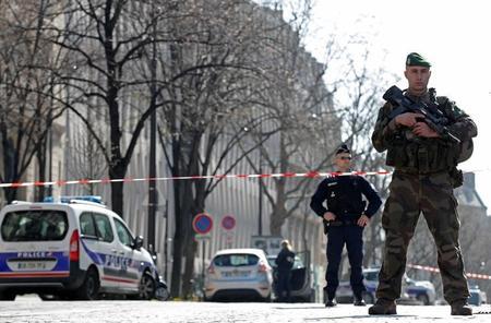 الشرطة الفرنسية: عبوة بدائية وراء انفجار مكتب صندوق النقد