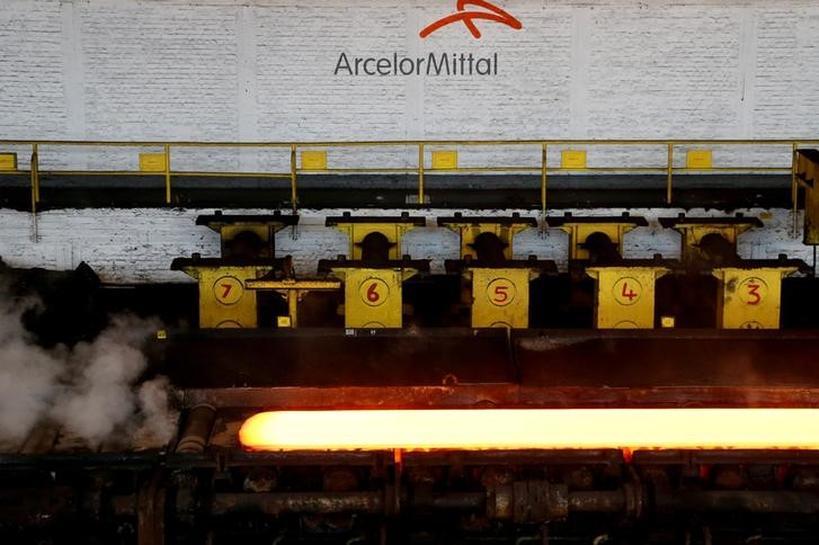 ArcelorMittal consortium submits top bid for Italian steel plant