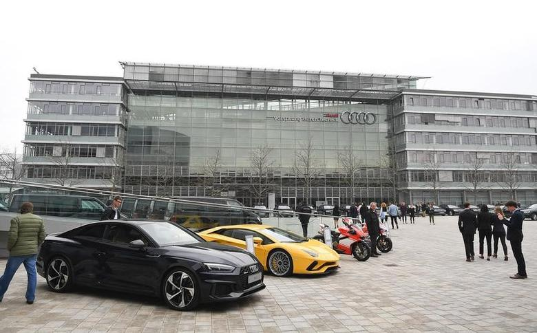 Audi cars are parked in front of the company's headquarters in Ingolstadt, Germany, March 15, 2017.     REUTERS/Lukas Barth - RTX313QW