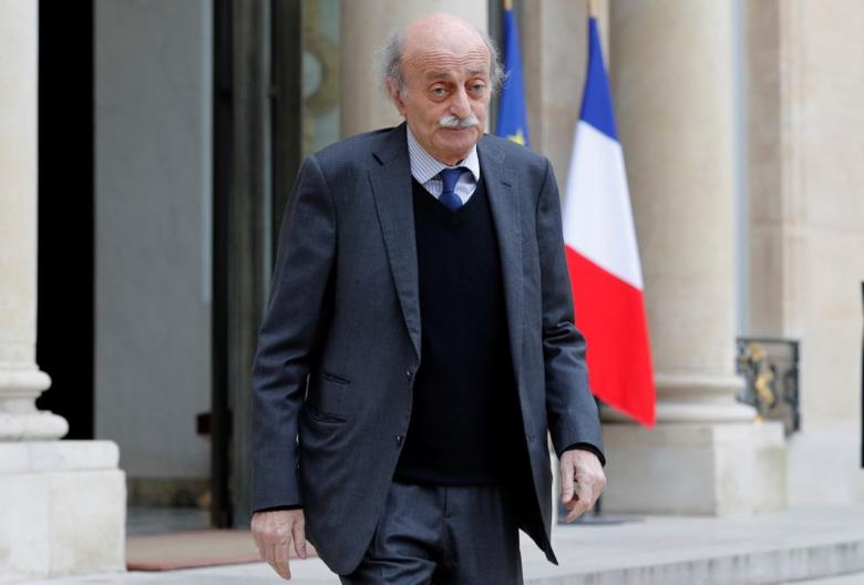 Lebanese Druze leader Walid Jumblatt leaves the Elysee Palace in Paris following a meeting with French President Francois Hollande, February 21, 2017. REUTERS/Philippe Wojazer - RTSZNJB
