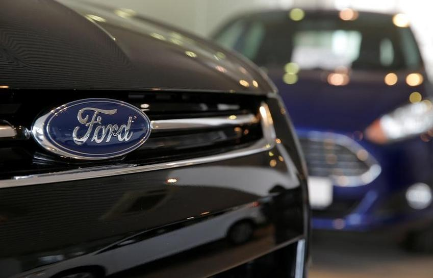 Ford expects lower Q1 earnings as spending rises, sales volume drops
