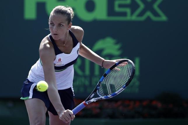 3月23日、テニスのマイアミ・オープンはフロリダ州マイアミで女子シングルスの2回戦が行われ、第2シードのカロリナ・プリスコバ(写真、チェコ)がマディソン・ブレングル(米国)を破り3回戦に進出した。(2017年ロイター/Geoff Burke-USA TODAY Sports)