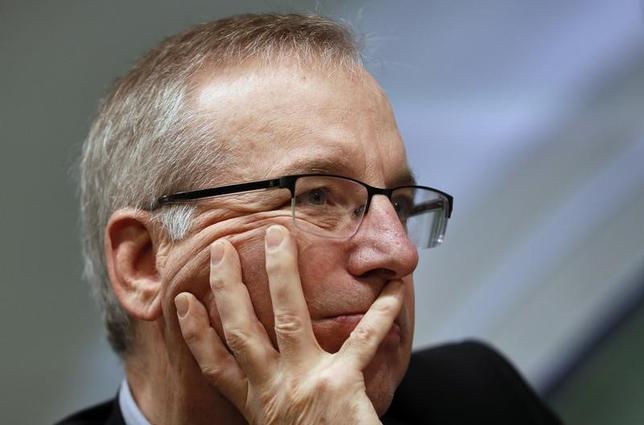 3月24日、ニューヨーク連銀のダドリー総裁は、慎重な利上げが必要との認識を示した。写真はロンドンで21日代表撮影(2017年 ロイター)