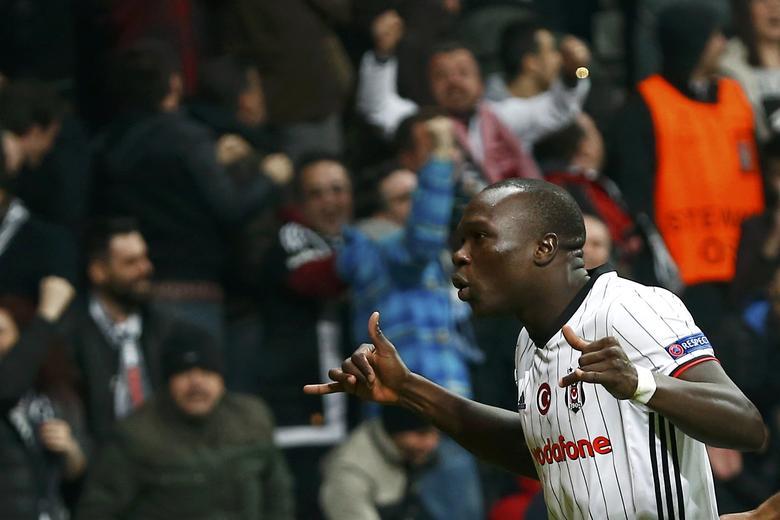 Besiktas' Vincent Aboubakar celebrates his goal against Olympiacos. REUTERS/Murad Sezer