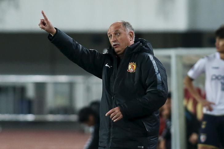Head coach Luiz Felipe Scolari of Guangzhou Evergrande gestures during AFC Champions League Group H match in Guangzhou, Guangdong Province, China, February 24, 2016. REUTERS/Stringer