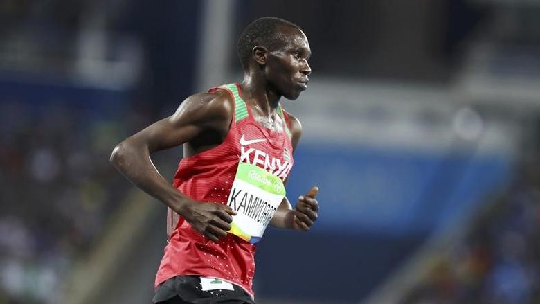 2016 Rio Olympics - Athletics - Final - Men's 10,000m Final - Olympic Stadium - Rio de Janeiro, Brazil - 13/08/2016. Geoffrey Kamworor (KEN) of Kenya competes. REUTERS/Lucy Nicholson