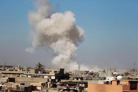 أمريكا تؤكد تنفيذ ضربة جوية قتل فيها عشرات المدنيين بالموصل