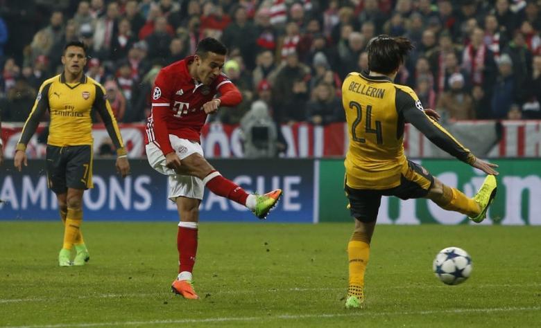 Bayern Munich v Arsenal - UEFA Champions League Round of 16 First Leg - Allianz Arena, Munich, Germany - 15/2/17 Bayern Munich's Thiago Alcantara scores their fourth goal  Reuters / Michaela Rehle Livepic