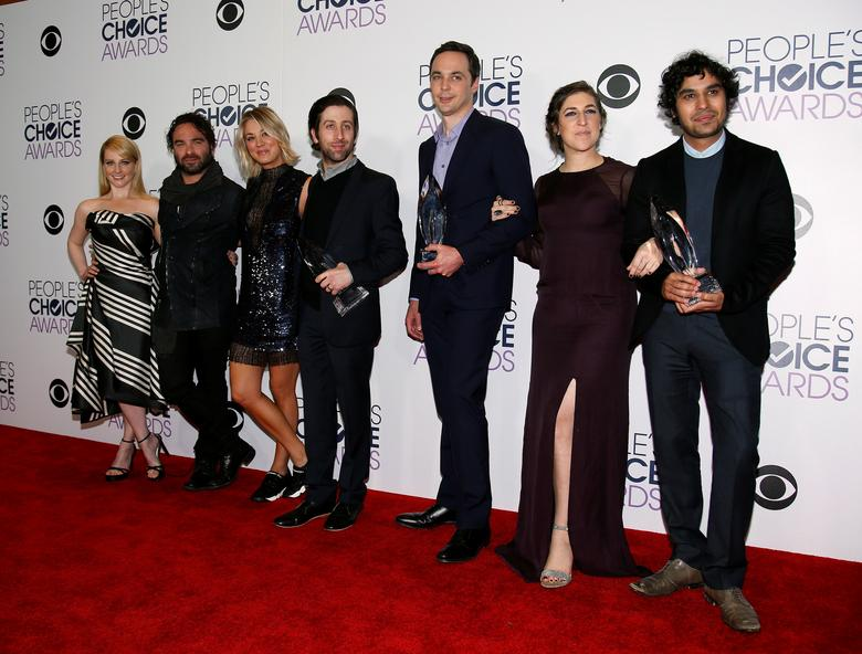 FILE PHOTO: The cast of ''The Big Bang Theory'' poses backstage with their award for Favorite Network TV Comedy Series during the People's Choice Awards 2016 in Los Angeles, California January 6, 2016.  REUTERS/Danny Moloshok/File Photo