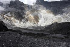 IMAGEN DE ARCHIVO: La mina de cobre Grasberg de Freeport en Indonesia. 19 septiembre 2015. La unidad indonesia de Freeport McMoRan Inc está cerca de llegar a un acuerdo que le permitirá reanudar temporalmente las exportaciones de concentrado de cobre desde su mina de Grasberg en Papua, dijo el jueves el ministro de Minería del país. REUTERS/Muhammad Adimaja/Antara Foto/File Photo