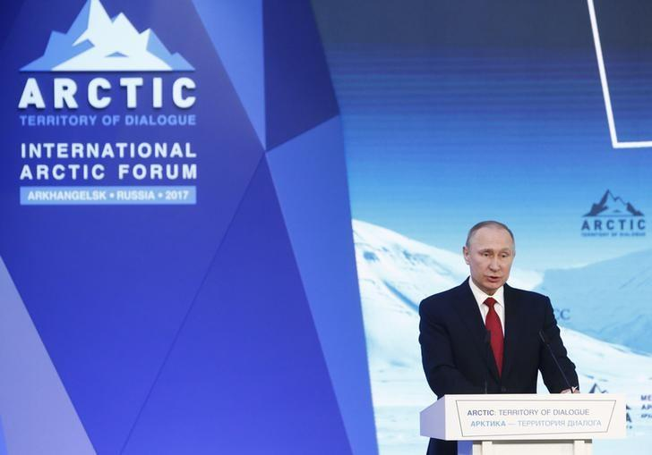 Russian President Vladimir Putin delivers a speech at a session of the International Arctic Forum in Arkhangelsk, Russia March 30, 2017. REUTERS/Sergei Karpukhin