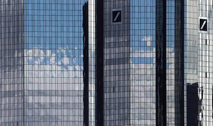 Germany's Deutsche Bank headquarters are pictured in Frankfurt, Germany, October 5, 2016.   REUTERS/Kai Pfaffenbach