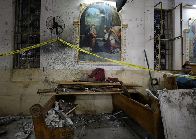 The aftermath of an explosion that took place at a Coptic church on Sunday in Tanta, Egypt, April 9, 2017. REUTERS/Mohamed Abd El Ghany
