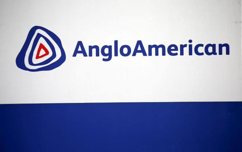 The Anglo American logo is seen in Rusternburg October 5, 2015. REUTERS/Siphiwe Sibeko/File Photo