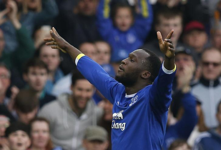 Britain Football Soccer - Everton v Leicester City - Premier League - Goodison Park - 9/4/17 Everton's Romelu Lukaku celebrates scoring their fourth goal Reuters / Andrew Yates/ Livepic/ Files