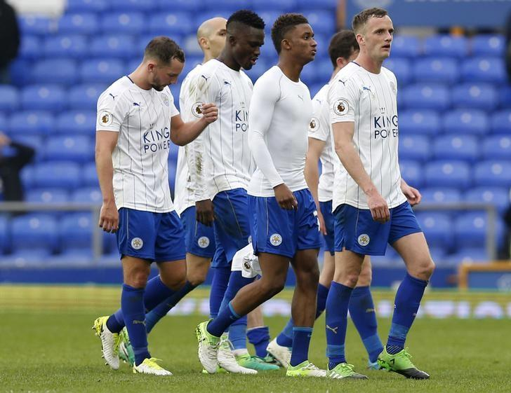 Britain Football Soccer - Everton v Leicester City - Premier League - Goodison Park - 9/4/17 Leicester City's Andy King and teammates look dejected after the match Reuters / Andrew Yates/ Livepic