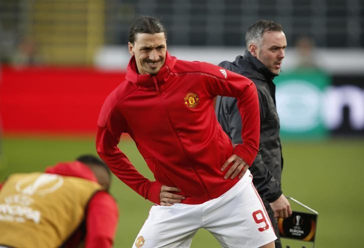 Football Soccer - RSC Anderlecht v Manchester United - UEFA Europa League Quarter Final First Leg - Constant Vanden Stock Stadium, Brussells, Belgium - 13/4/17 Manchester United's Zlatan Ibrahimovic warms up before the match Reuters / Francois Lenoir Livepic