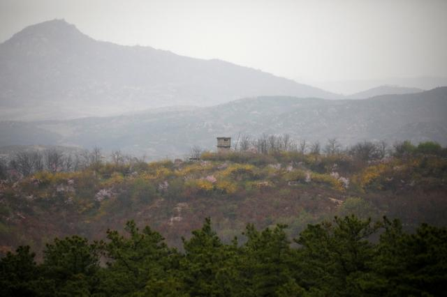 A North Korean guard post is seen in this picture taken from an observation post inside the demilitarized zone separating the two Koreas, in Paju, South Korea, April 17, 2017.  REUTERS/Kim Hong-Ji