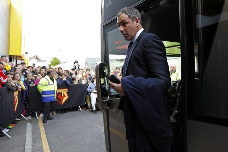 Britain Soccer Football - Watford v Swansea City - Premier League - Vicarage Road - 15/4/17 Swansea City manager Paul Clement arrives  before the game Reuters / Peter Nicholls Livepic