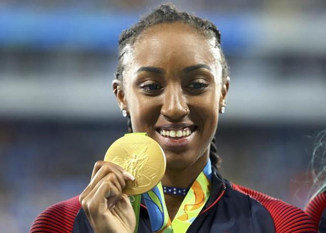 4月20日、米国反ドーピング機関(USADA)は、2016年リオデジャネイロ五輪の100メートル障害で金メダルを獲得したブリアナ・ロリンズ(米国)が1年間の資格停止処分を科されたことを発表した。2016年8月、リオデジャネイロ五輪にて撮影(2017年 ロイター/Leonhard Foeger)
