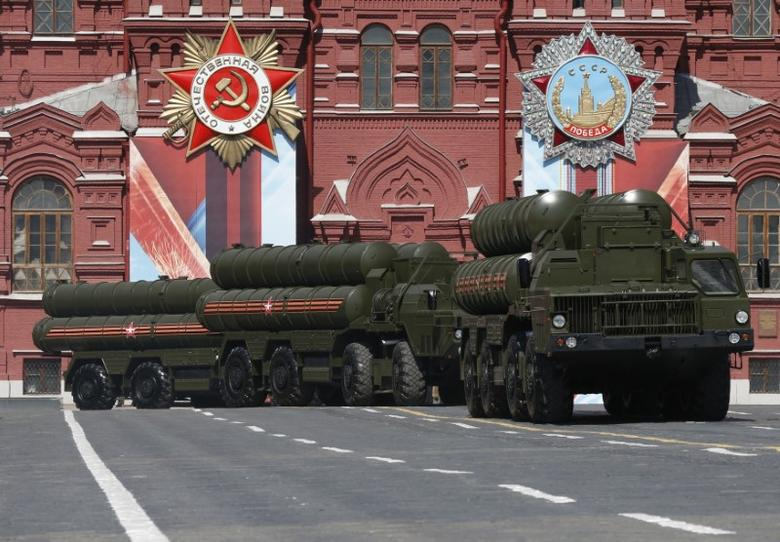 FILE PHOTO - Russian S-400 Triumph medium-range and long-range surface-to-air missile systems drive during the Victory Day parade, marking the 71st anniversary of the victory over Nazi Germany in World War Two, at Red Square in Moscow, Russia, May 9, 2016.  REUTERS/Grigory Dukor