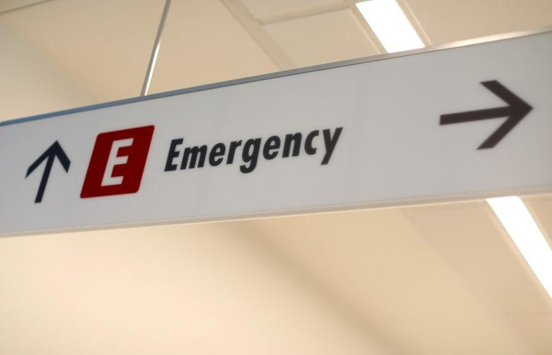 An emergency sign directs patients and staff to the emergency room at the newly constructed Kaiser Permanente San Diego Medical Center hospital in San Diego, California , U.S., April 17, 2017.  REUTERS/Mike Blake