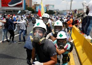 Venezuela's volunteer protest medics