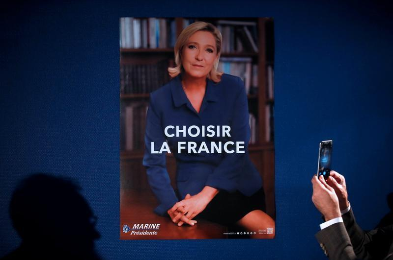 Daily Briefing: Macron losing the PR battle to wily Le Pen