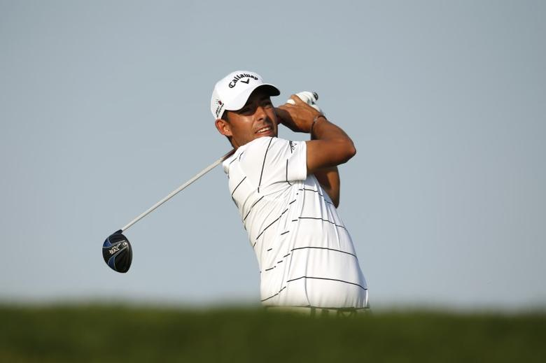 Golf - Abu Dhabi HSBC Golf Championship - Abu Dhabi Golf Club, United Arab Emirates - 23/1/16Spain's Pablo Larrazabal in action during the third round. Action Images via Reuters / Paul Childs