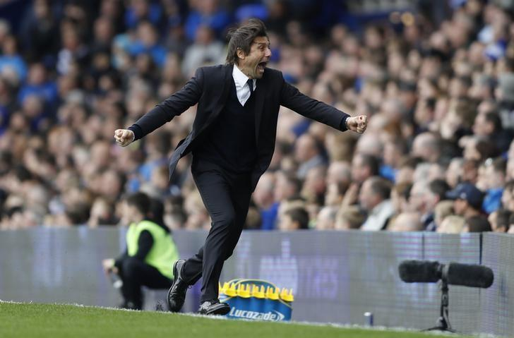 Britain Football Soccer - Everton v Chelsea - Premier League - Goodison Park - 30/4/17 Chelsea manager Antonio Conte celebrates after Gary Cahill(not pictured) scores their second goal   Action Images via Reuters / Carl Recine Livepic