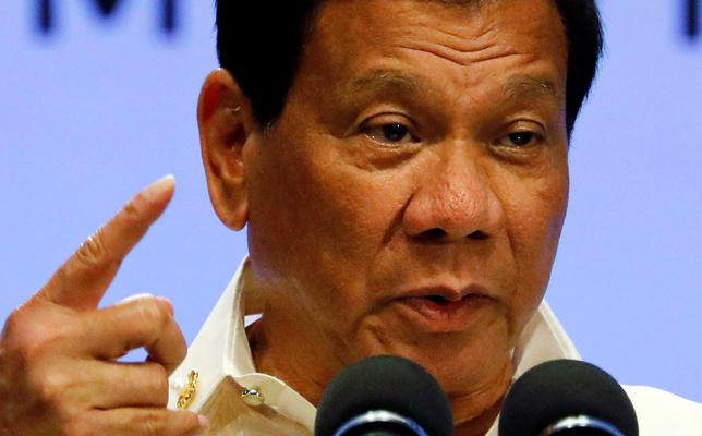 Philippine President Rodrigo Duterte speaks during a news conference after concluding the 30th Association of Southeast Asian Nations (ASEAN) summit in Manila, Philippines April 29, 2017.  REUTERS/Erik De Castro
