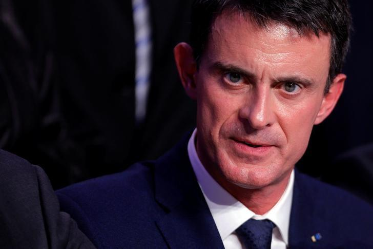 FILE PHOTO: Former French Prime Minister Manuel Valls attends a news conference during an Interministerial Committee on Disability, in Nancy, France, December 2, 2016.   REUTERS/Vincent Kessler/File Photo