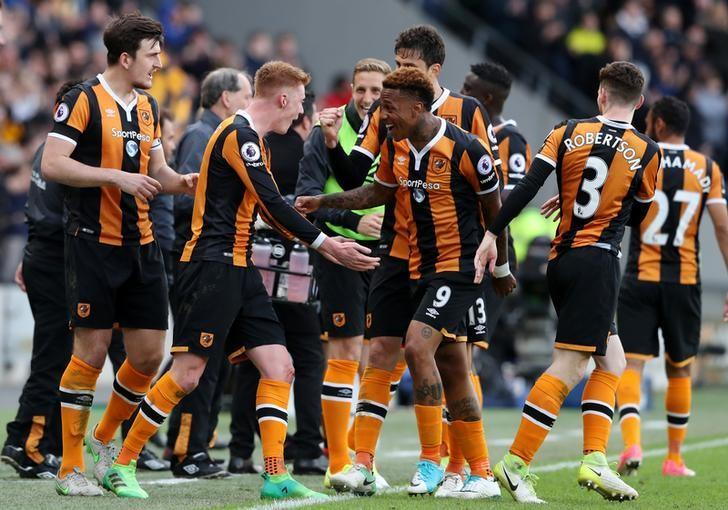 Britain Soccer Football - Hull City v Watford - Premier League - The Kingston Communications Stadium - 22/4/17 Hull City's Sam Clucas celebrates scoring their second goal with team mates Reuters / Scott Heppell/ Livepic/ Files