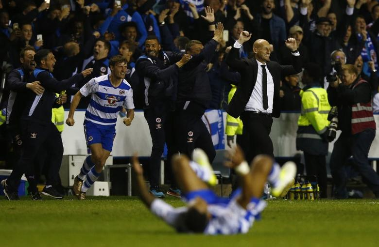 Britain Football Soccer - Reading v Fulham - Sky Bet Championship Play Off Semi Final Second Leg - The Madejski Stadium - 16/5/17 Reading manager Jaap Stam celebrates reaching the Play Off final Action Images via Reuters / Peter Cziborra Livepic
