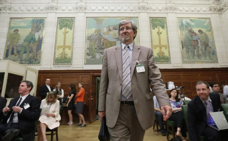FILE PHOTO: Daniel Therrien, the nominee to be Canada's Privacy Commissioner, arrives to testify at the Commons access to information, privacy and ethics committee on Parliament Hill in Ottawa June 3, 2014. REUTERS/Chris Wattie