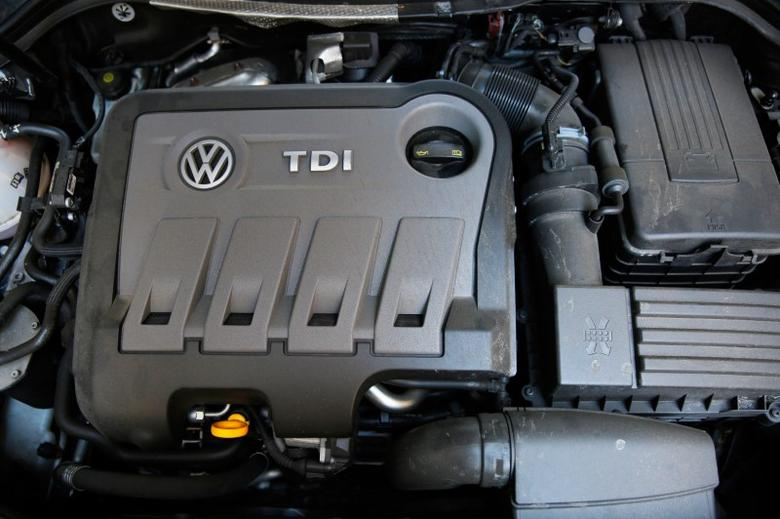 A Volkswagen Passat TDI diesel engine is seen in central London, Britain September 30, 2015. Volkswagen UK said on Wednesday around 1.2 million vehicles in Britain, including Audi, Seat and Skoda cars, were affected by the emissions software at the centre of an investigation into rigging of vehicle emissions tests.  REUTERS/Stefan Wermuth/File Photo