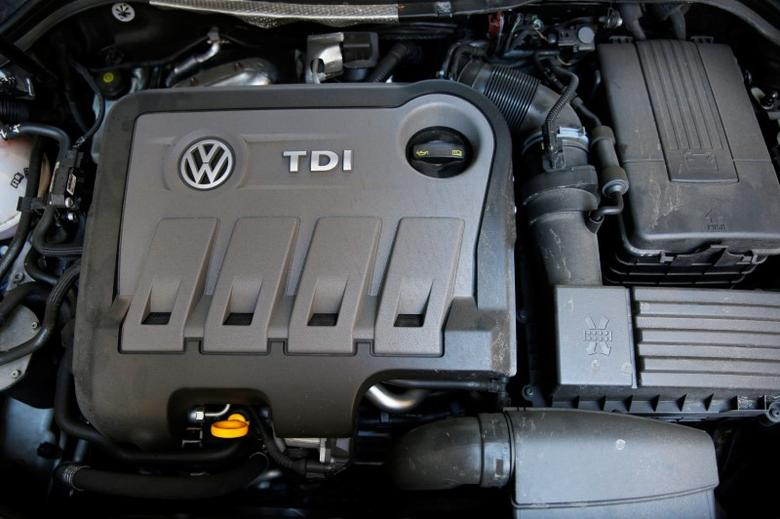FILE PHOTO: A Volkswagen Passat TDI diesel engine is seen in London, Britain September 30, 2015.  REUTERS/Stefan Wermuth/File Photo