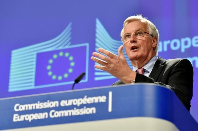 5月19日、EU当局者は、英国の離脱(ブレグジット)協議を6月19日に開始する方向で準備を進めている。写真はEU側の首席交渉官を務めるバルニエ氏。3日撮影。(2017年 ロイター/Eric Vidal)