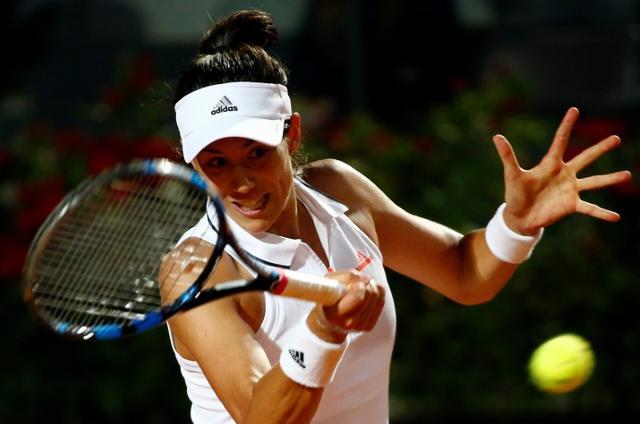 Tennis - ATP - Rome Open - Garbine Muguruza of Spain v Venus Williams of the United States - Rome, Italy - 19/5/17 - Muguruza of Spain returns the ball. REUTERS/Stefano Rellandini