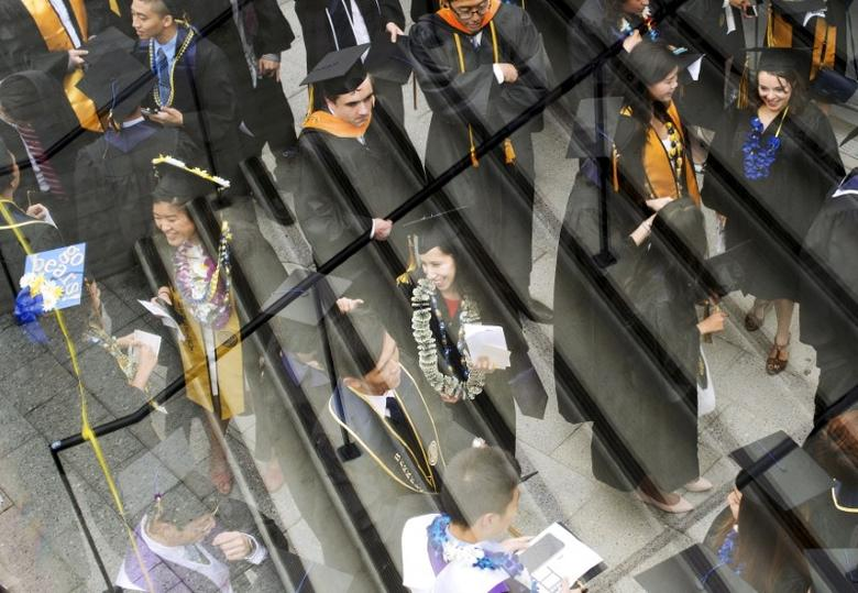 Graduates arrive for commencement at the University of California, Berkeley, in Berkeley, United States May 16, 2015. REUTERS/Noah Berger