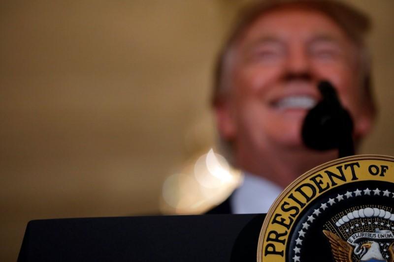 Factbox:Trump on Twitter(7月17日) - 委内瑞拉唐纳德特朗普