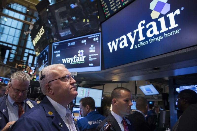 Traders wait for the Wayfair IPO on the floor of the New York Stock Exchange October 2, 2014. Lucas Jackson