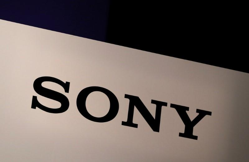Sony Corp's logo is seen at its news conference in Tokyo, Japan November 1, 2017. Kim Kyung-Hoon